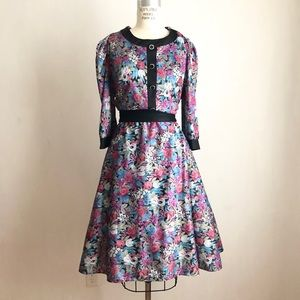 Vintage dress fit and flare floral medium large